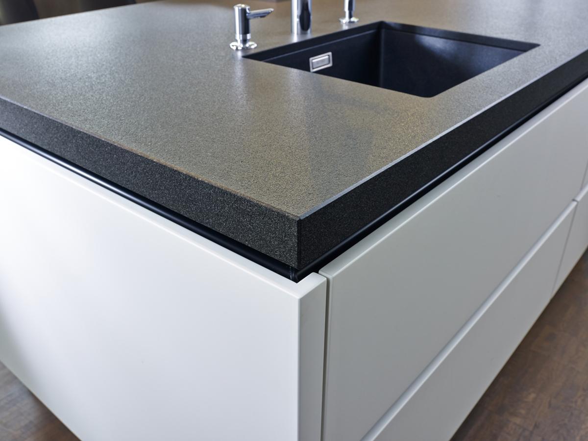 Top Made Of Granite Nero Assoluto Zimbabwe Pec