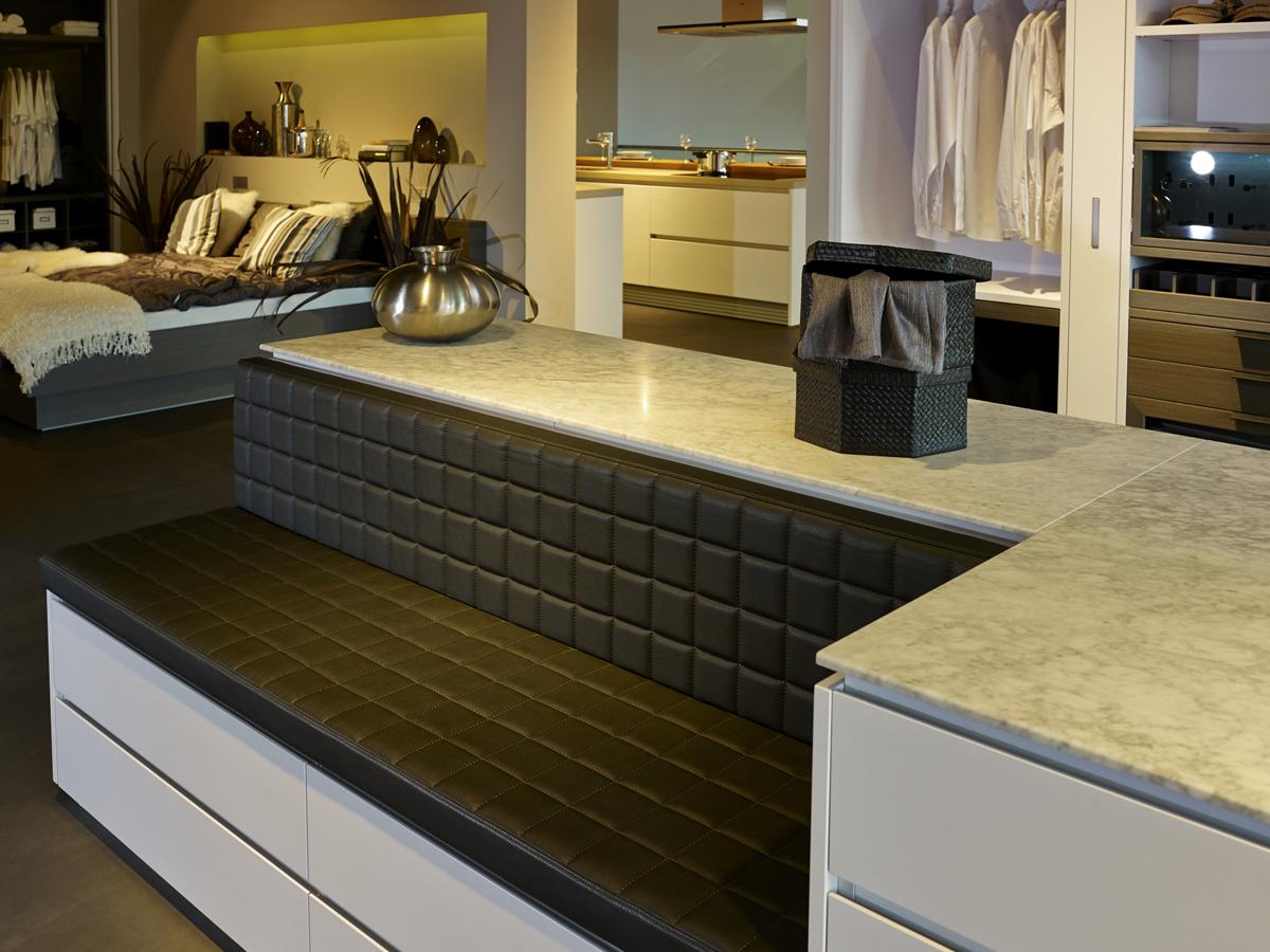 arbeitsplatte kuche carrara marmor kreatif von zu hause. Black Bedroom Furniture Sets. Home Design Ideas