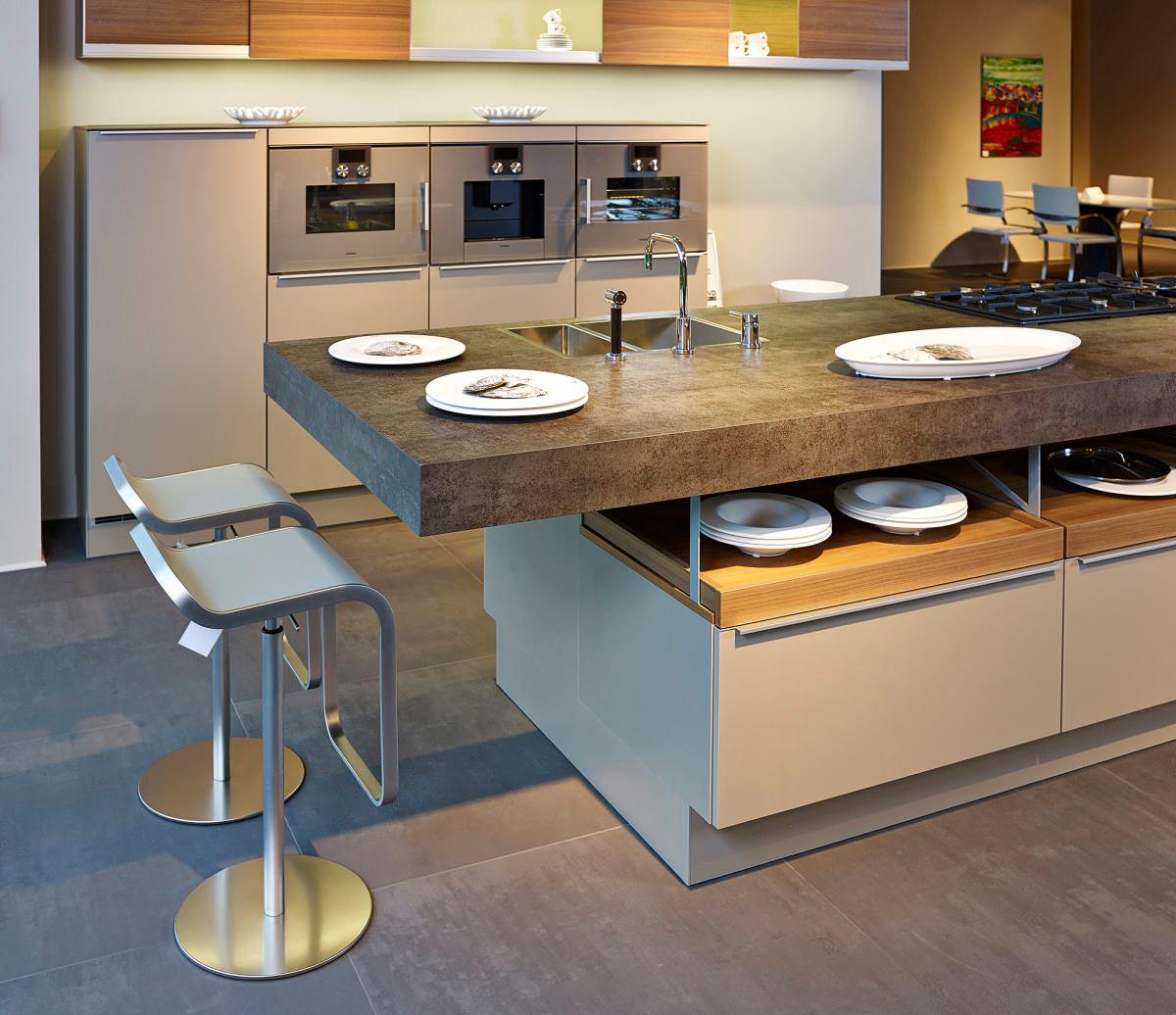 arbeitsplatte aus neolith iron moss. Black Bedroom Furniture Sets. Home Design Ideas
